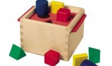 Des jeux pour apprendre les formes et couleurs